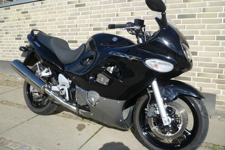 Suzuki GSX750F - Motorcykler Brugte - Brdr. Sejr Motorcykler ApS